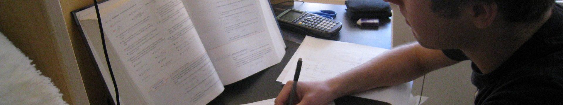 Jakprzygotować ankietę dopracy licencjackiej?